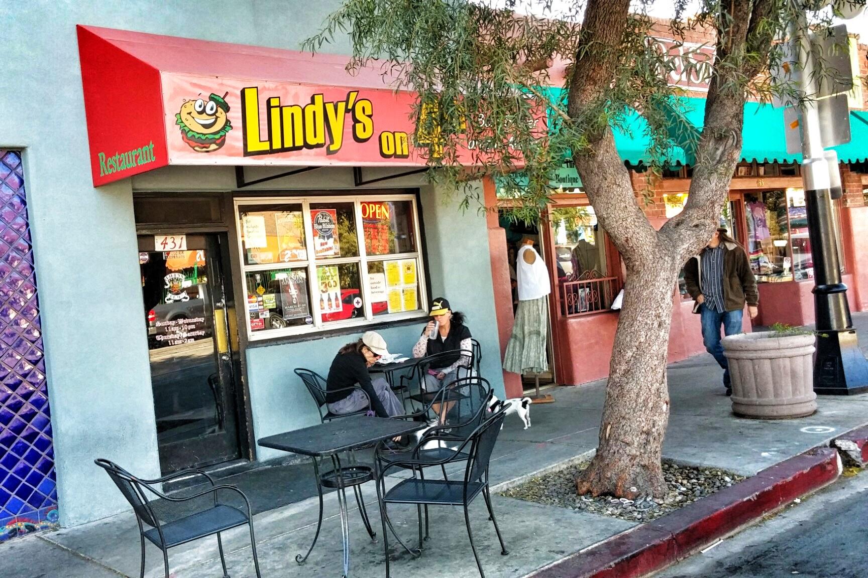Lindys On Th Tucson