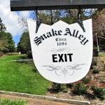 snake alley sign