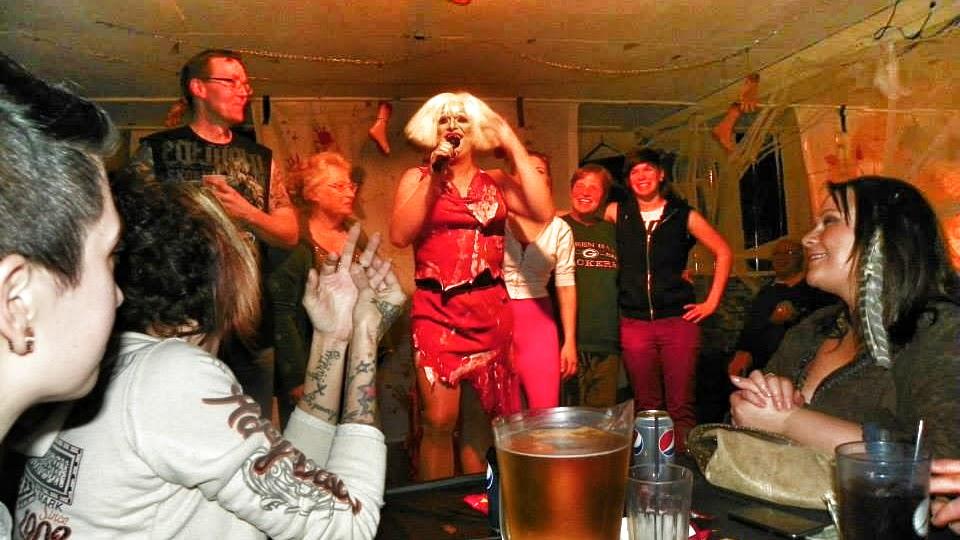 steves place drag show